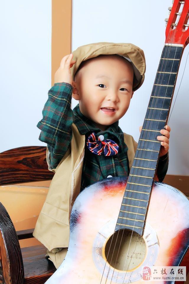 六枝微封面第八期No.6【萌宝秀场】杨晓宇 男宝 2012年9月18日出生
