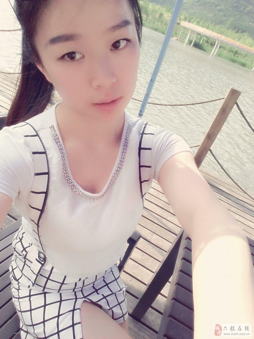 六枝微封面第八期No.4【美女秀场】陈琪 25岁 射手座 自由职业