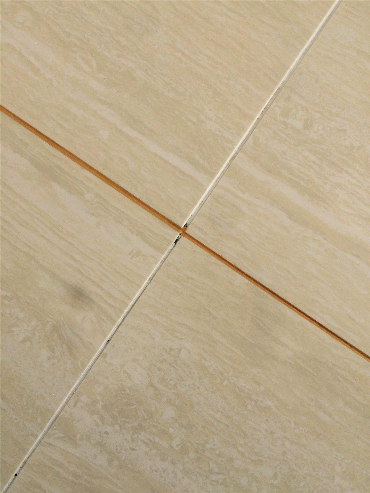 地板瓷砖美缝怎么做