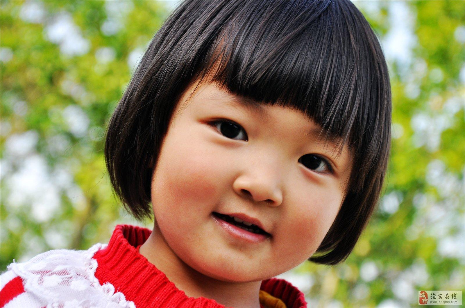 可爱的小女孩_摄影美景