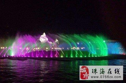 跳跃旋律大型花式音乐喷泉,水火相容,火山喷发,没准备
