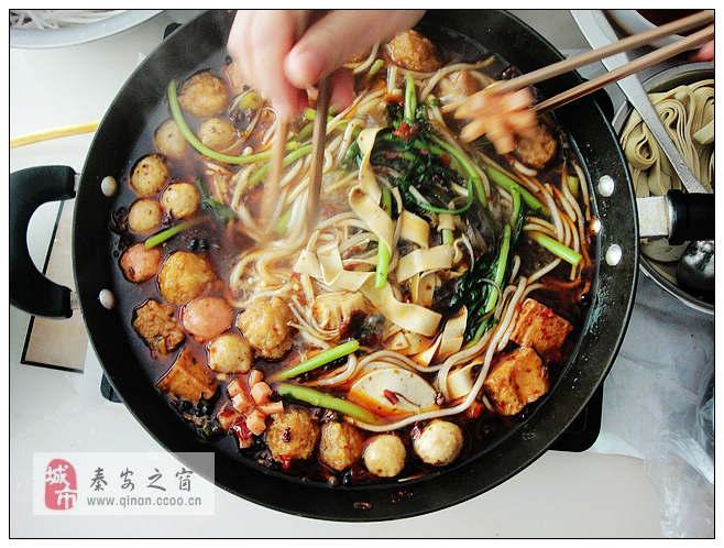 秦安:周末家聚自制火锅-吃起香