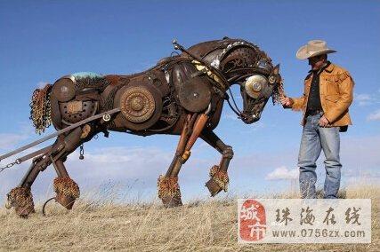 美国雕塑家用废金属制作而成的动物雕塑