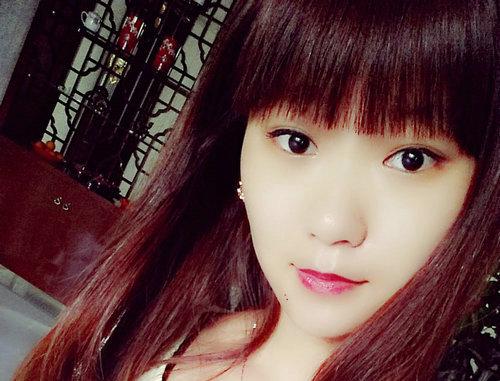 15岁左右的女生照片_纯素颜的15岁女生照片_日本15岁