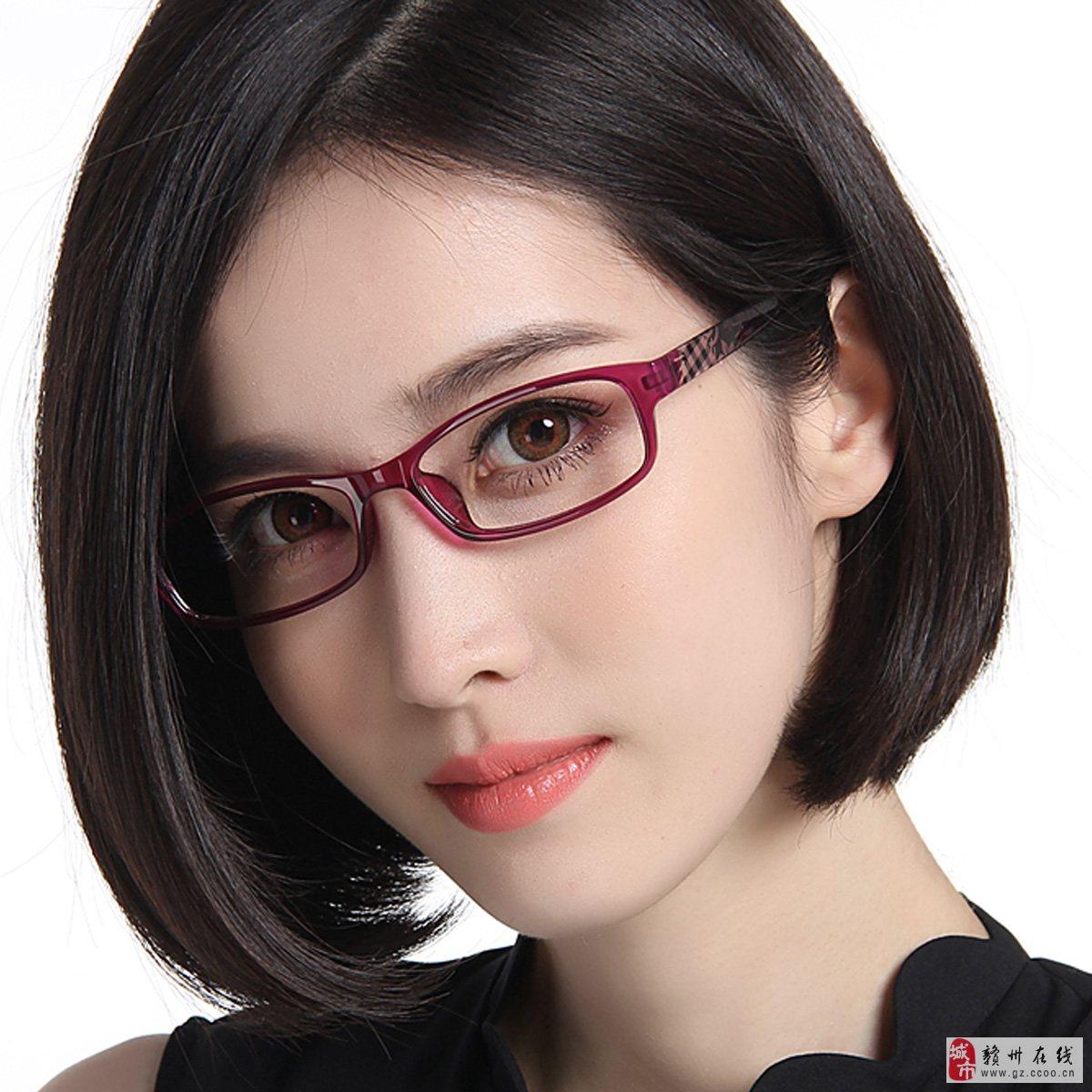 素描头像眼镜4分之3