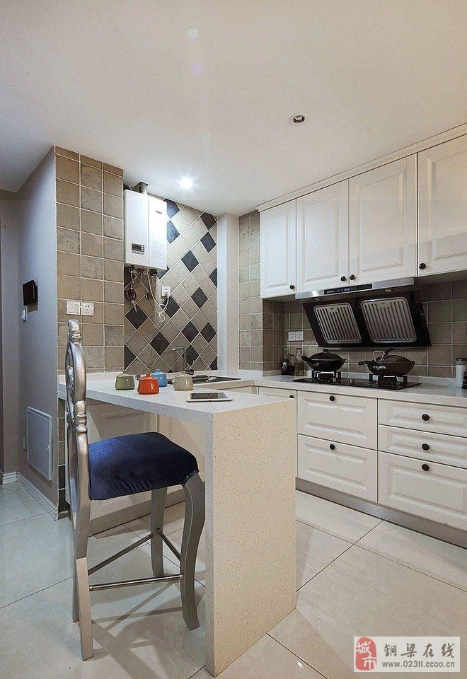 场所的吧台装修设计,要根据房子的结构进行合理设计