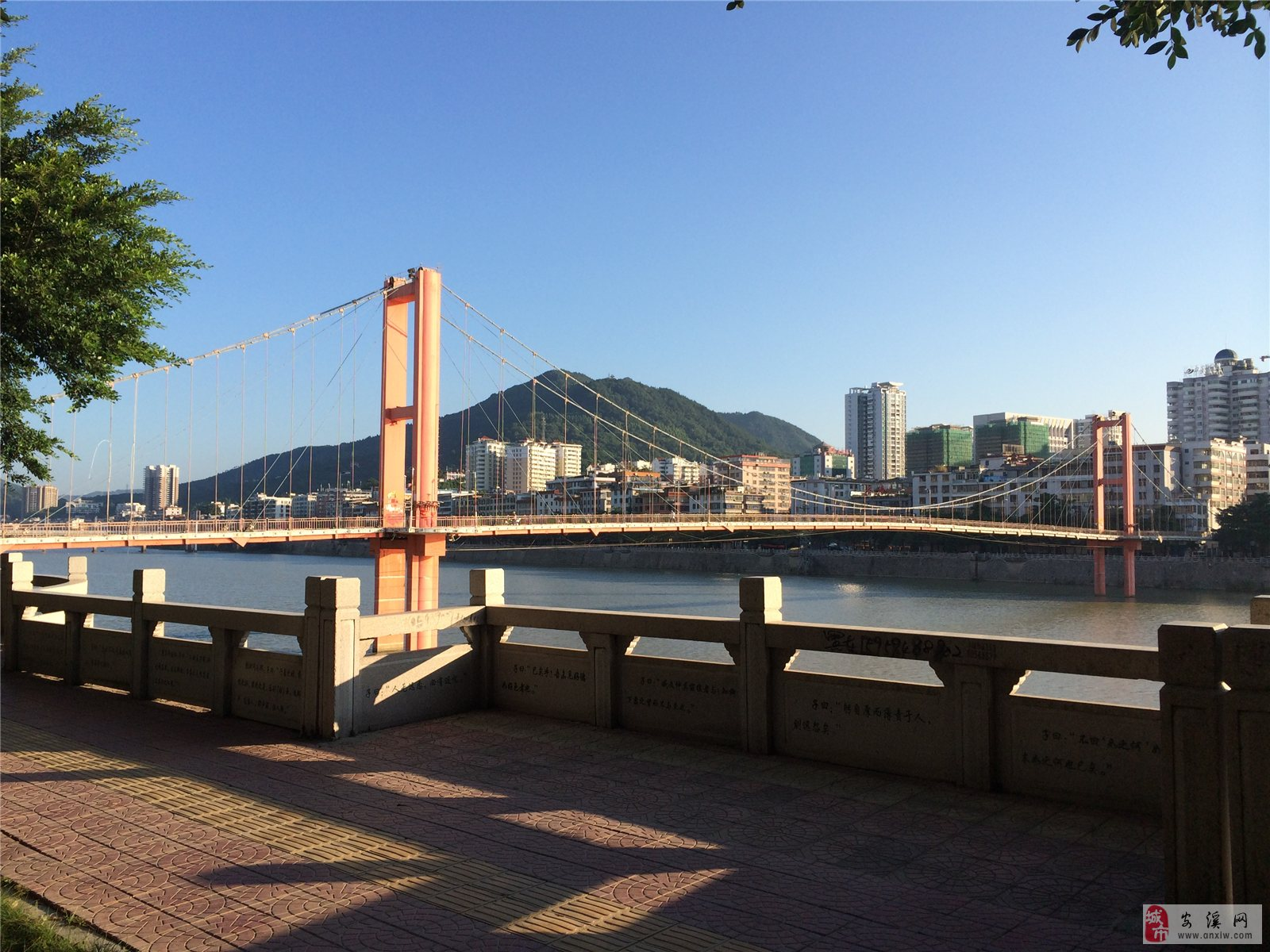 早晨的安溪-铁索桥