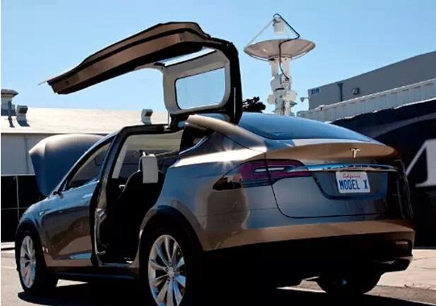 特斯拉Model X最新消息 2015年三季度上市
