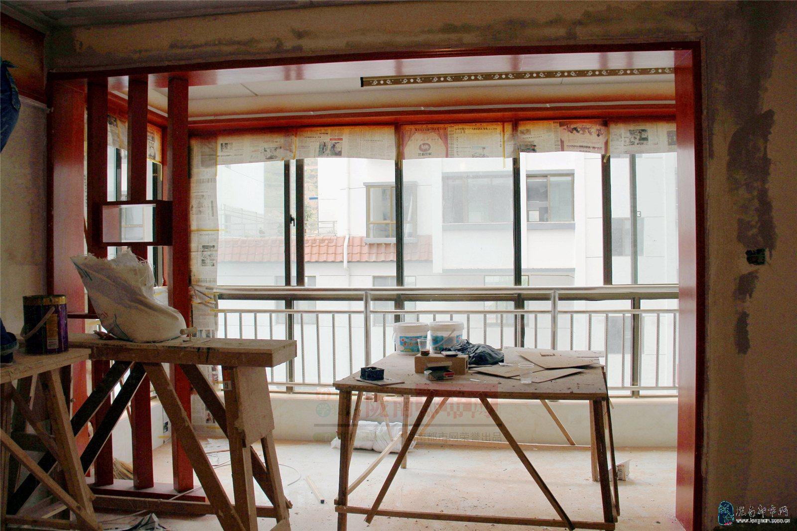 客厅与阳台的隔断