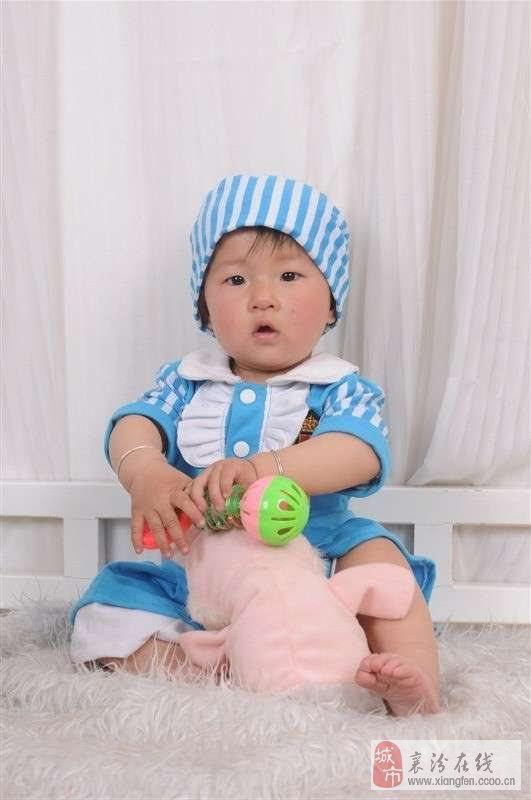 90 宝宝体重(kg)   12 宝宝介绍   害羞,慢热型,聪明活泼可爱!