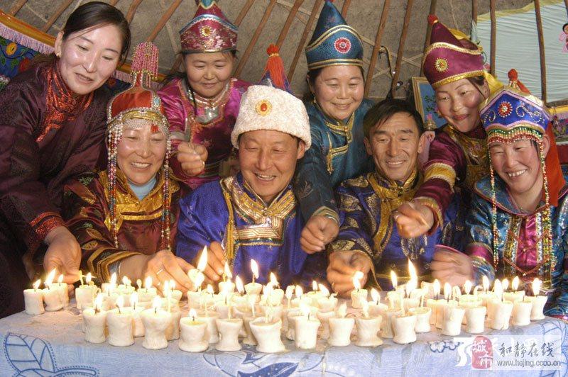 珠勒节,千佛灯节图片