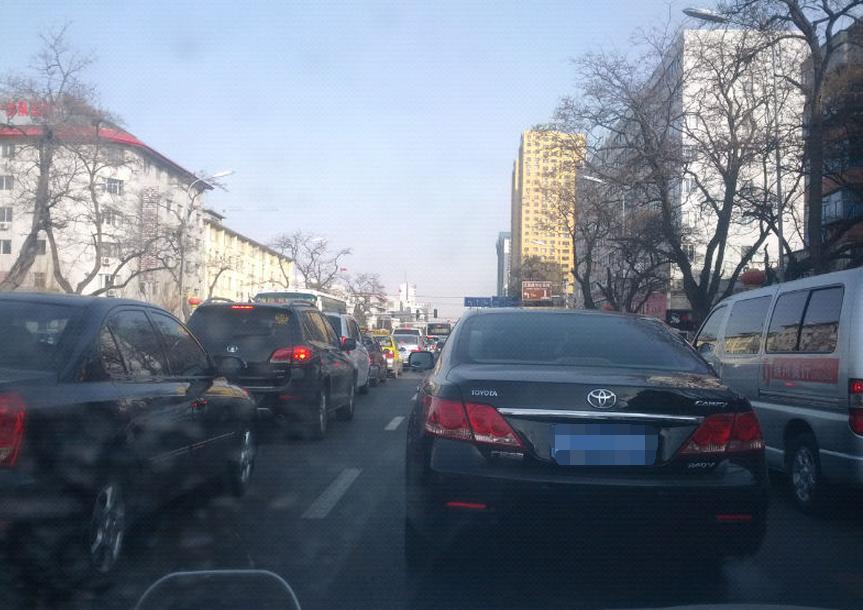 锦州市解放路,下午三点即进入堵车时间_锦州百姓网事