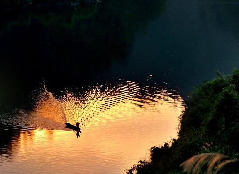 旅游景点 > 【大溪酉水】大溪民俗生态旅游       大溪乡位于秀山县东