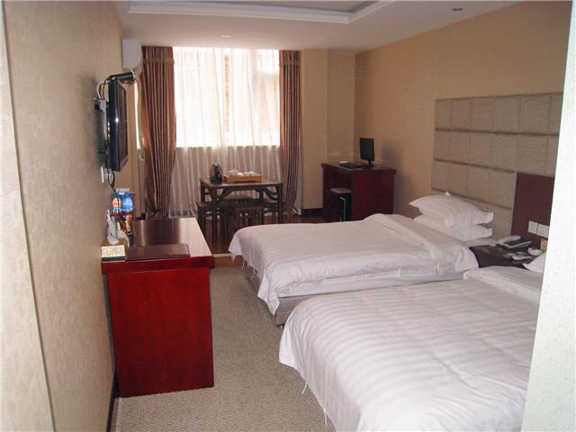 168元的朝阳商务酒店舒适标准间/大床房
