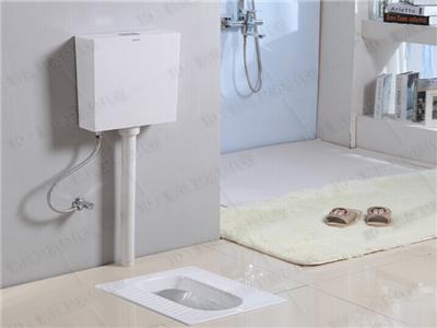 蹲式厕所装修效果图_卫生间重换蹲坑多少钱-蹲坑式卫生间干湿分离/蹲坑卫生间装修 ...