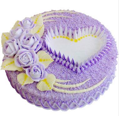 圆形鲜奶蛋糕