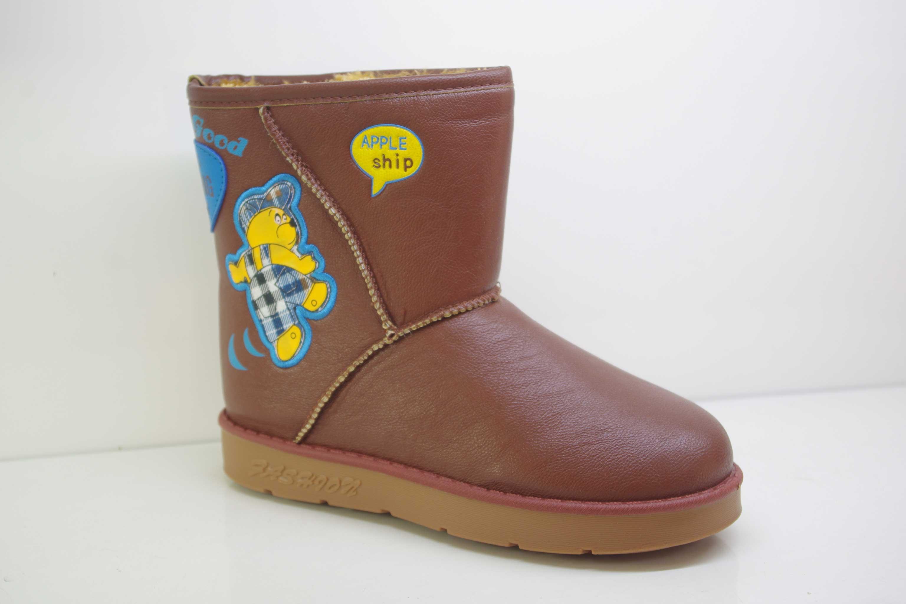 雪地靴哪个牌子最好_儿童雪地靴