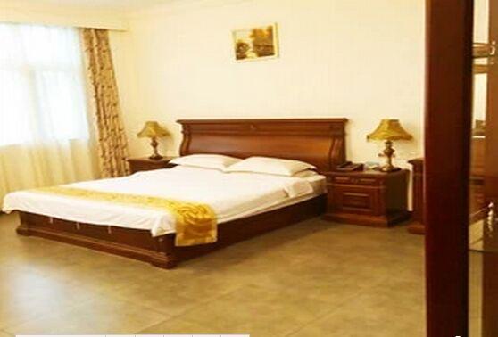 豪华标准大床房