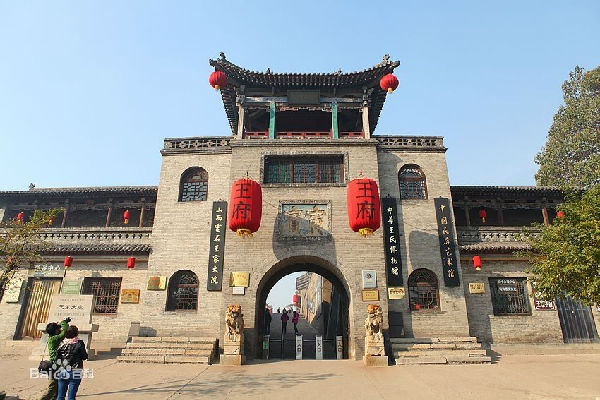 太原(4个景点):晋祠,中国煤炭博物馆,太原动物园,太原碑林公园.