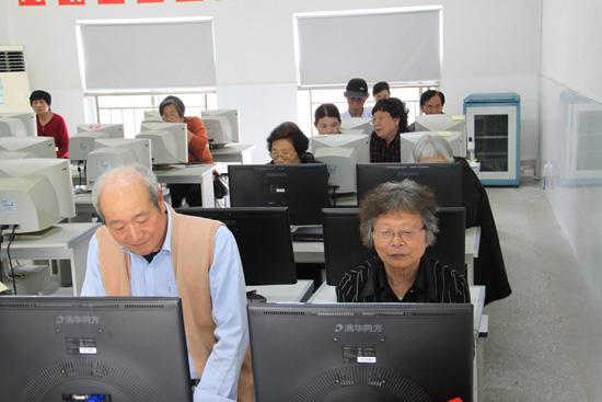 计算机考�y�^�_在杭州新手如何选择计算机培训机构?