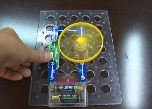 夹江县组织评选第十三届青少年科技创新大赛作品图片