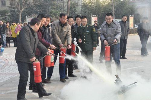 新蔡县公司:举行消防应急演练