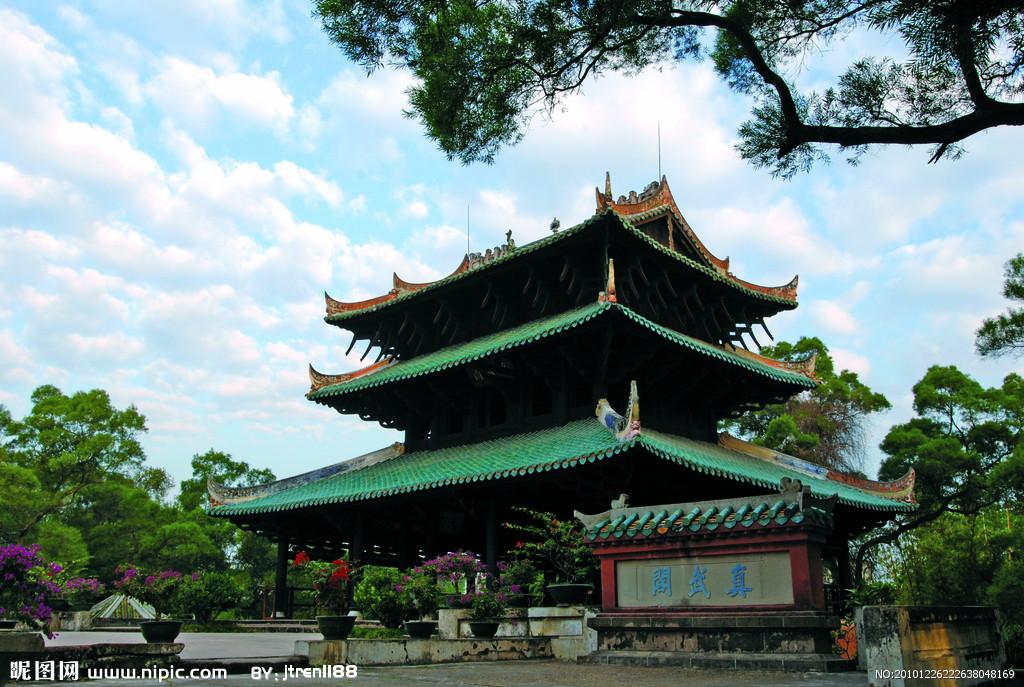 容县两个旅游项目同日开工