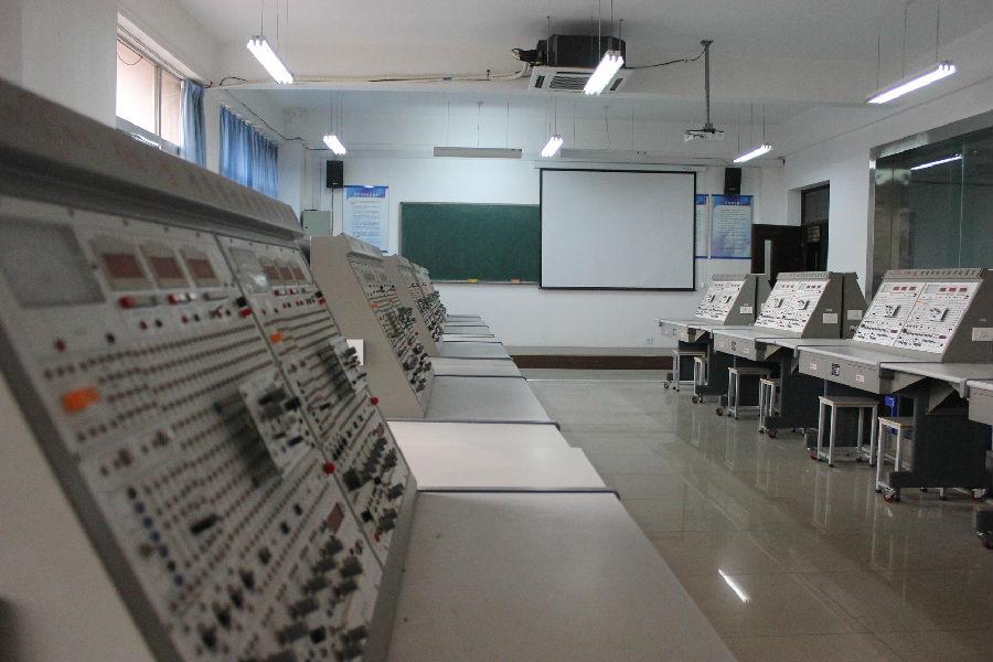 应用电子技术专业简介