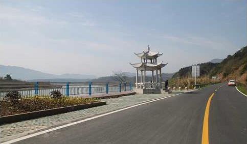 泾县打造公路文化景观带沈青根