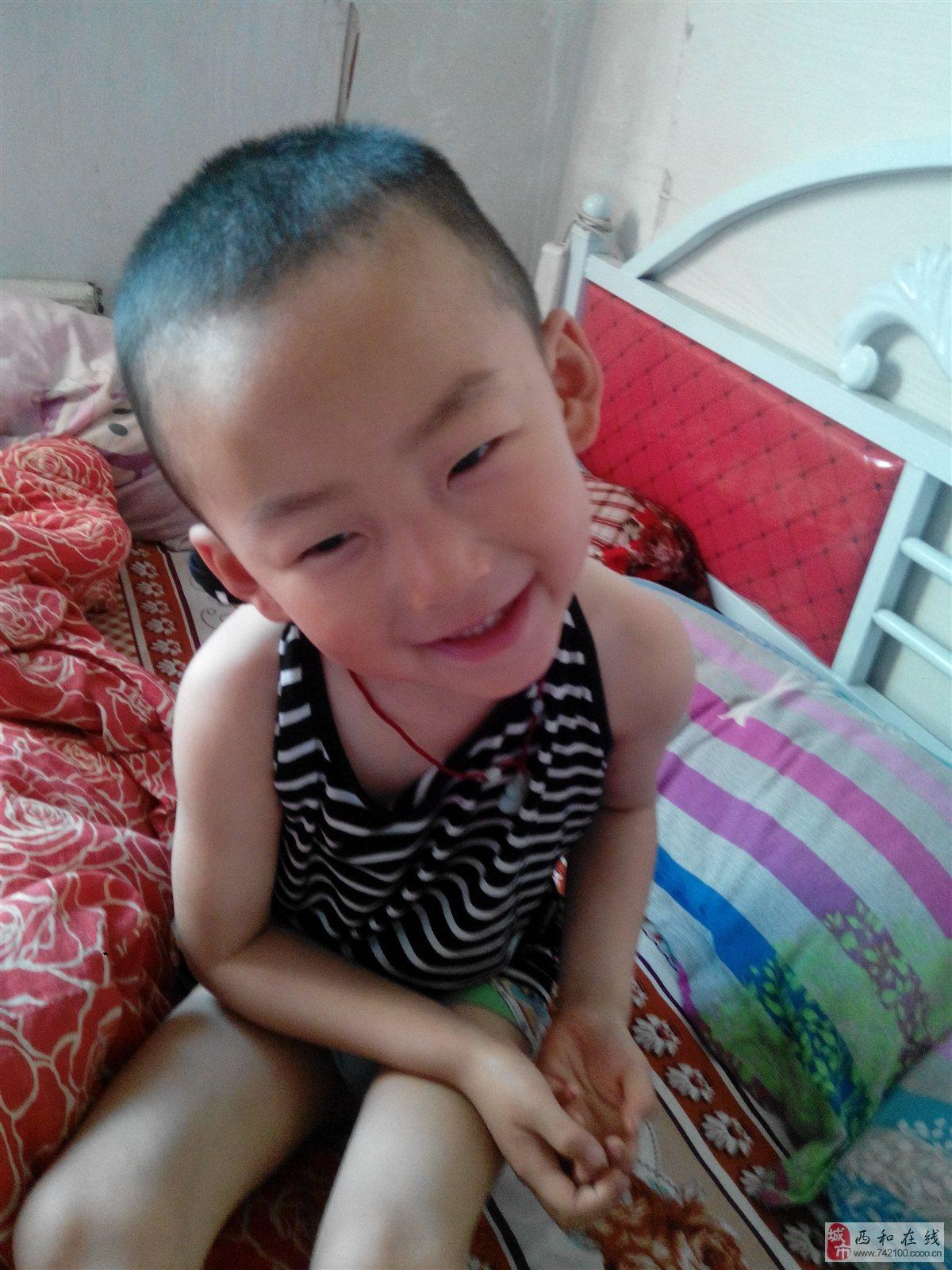 110 宝宝体重(kg):32 宝宝介绍:我是一个可爱又懂事的萌宝宝哦!