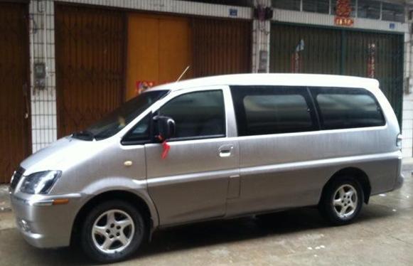 东风风行商务车.5.1米.加长版7座.2010年9
