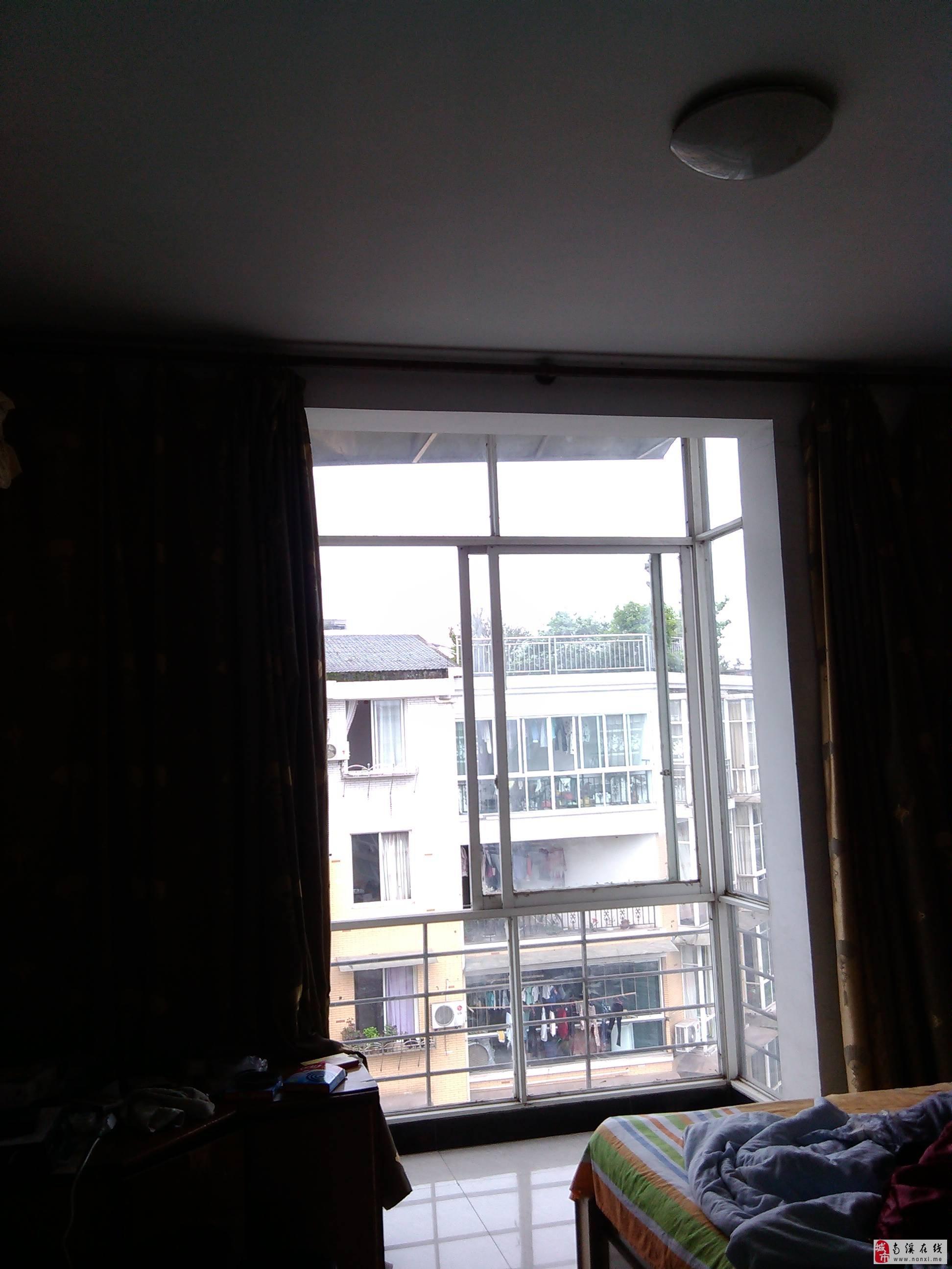 两室两厅出售 高清图片