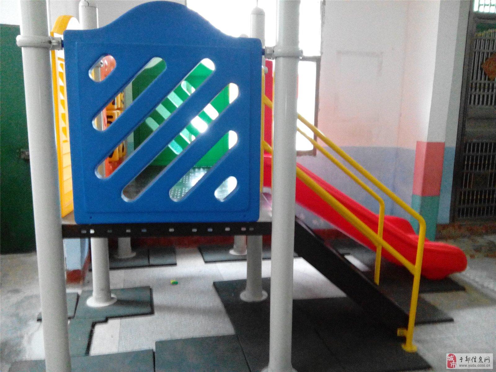 欧式客厅120平方米装滑滑梯床结果图片