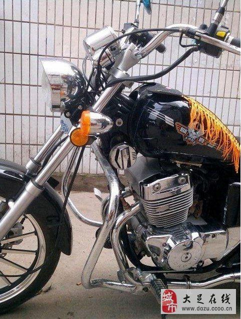 大地鹰王太子摩托车高清图片