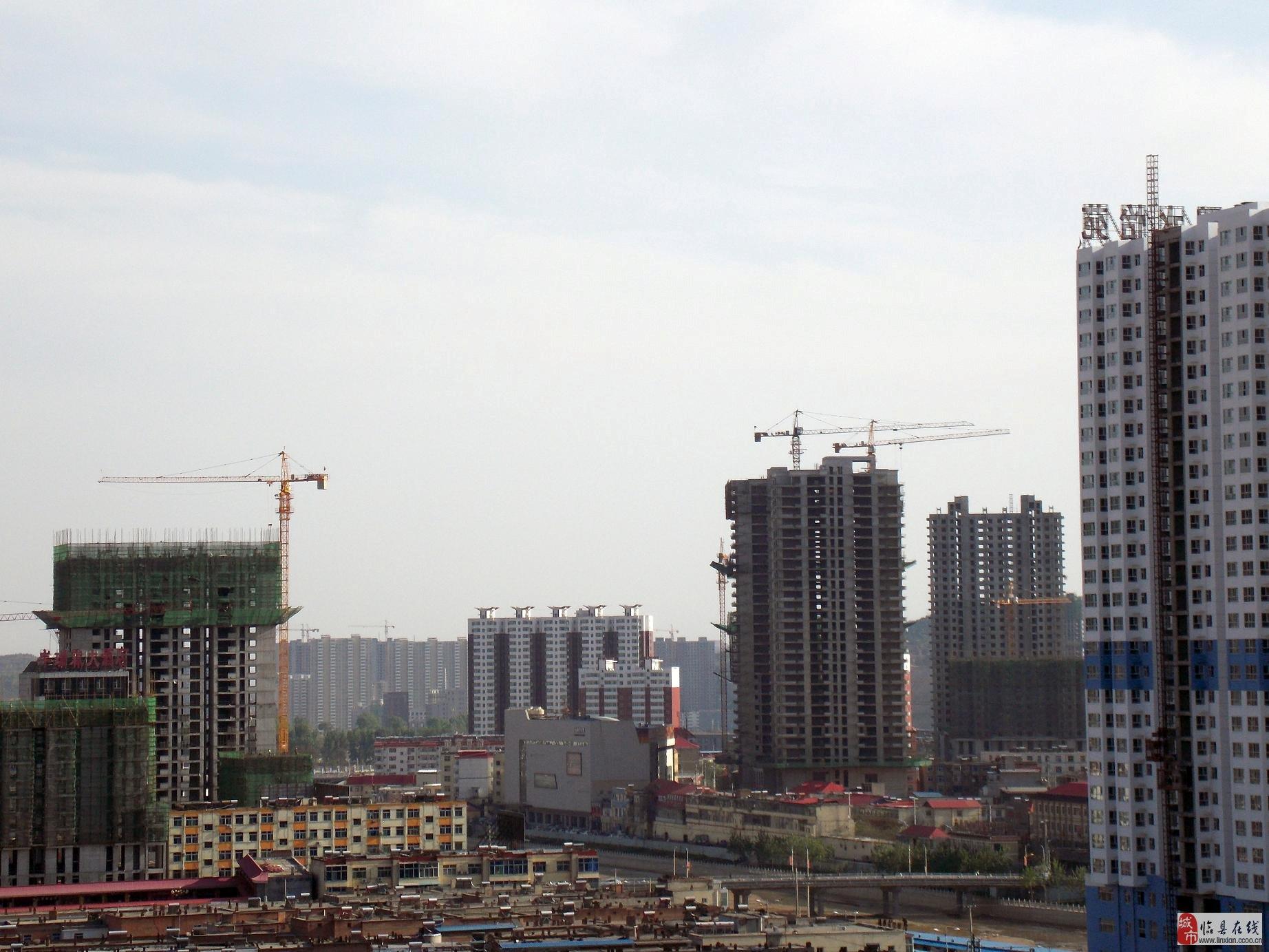 站在恒圆·时尚广场高层上看新葡京城,新葡京也壮观