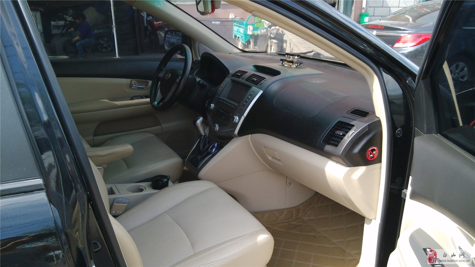 越野车/比亚迪S6手挡2.0豪华型越野车