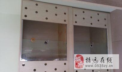 出售九成新储物柜 - 450元