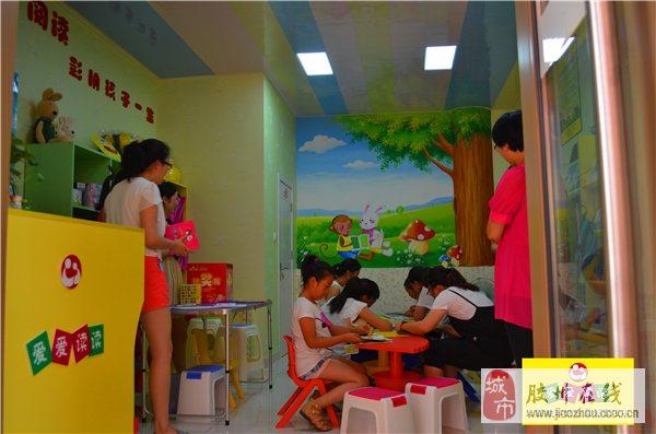 爱爱读读儿童绘本馆总部利用其品牌优势