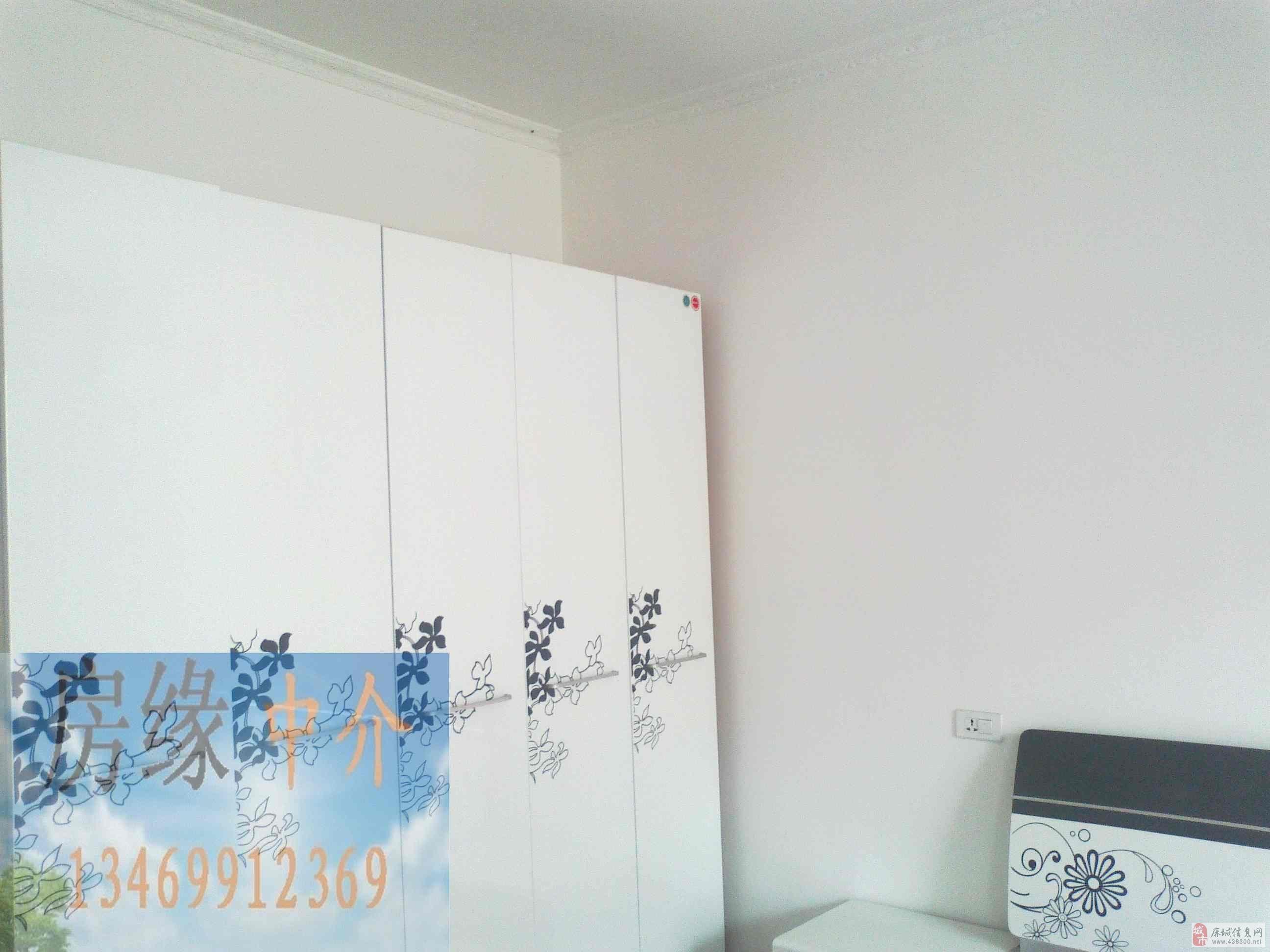 濱江一期復式樓精裝修送10平米車庫53.8萬