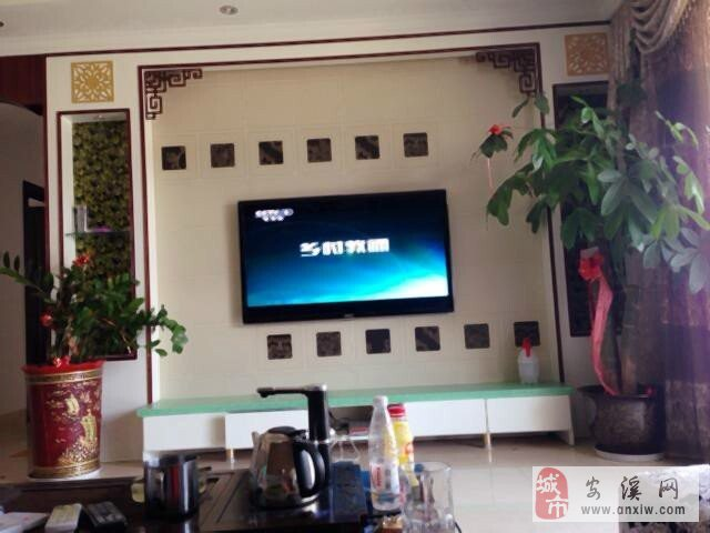 蓝溪国际2房2厅急售有100平方精装修 高清图片