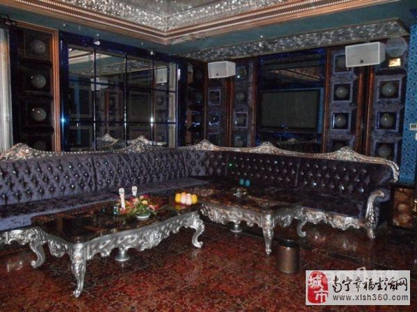 产品包括:欧式沙发,ktv沙发,包厢沙发,会所沙发,酒庄沙发,酒吧沙发