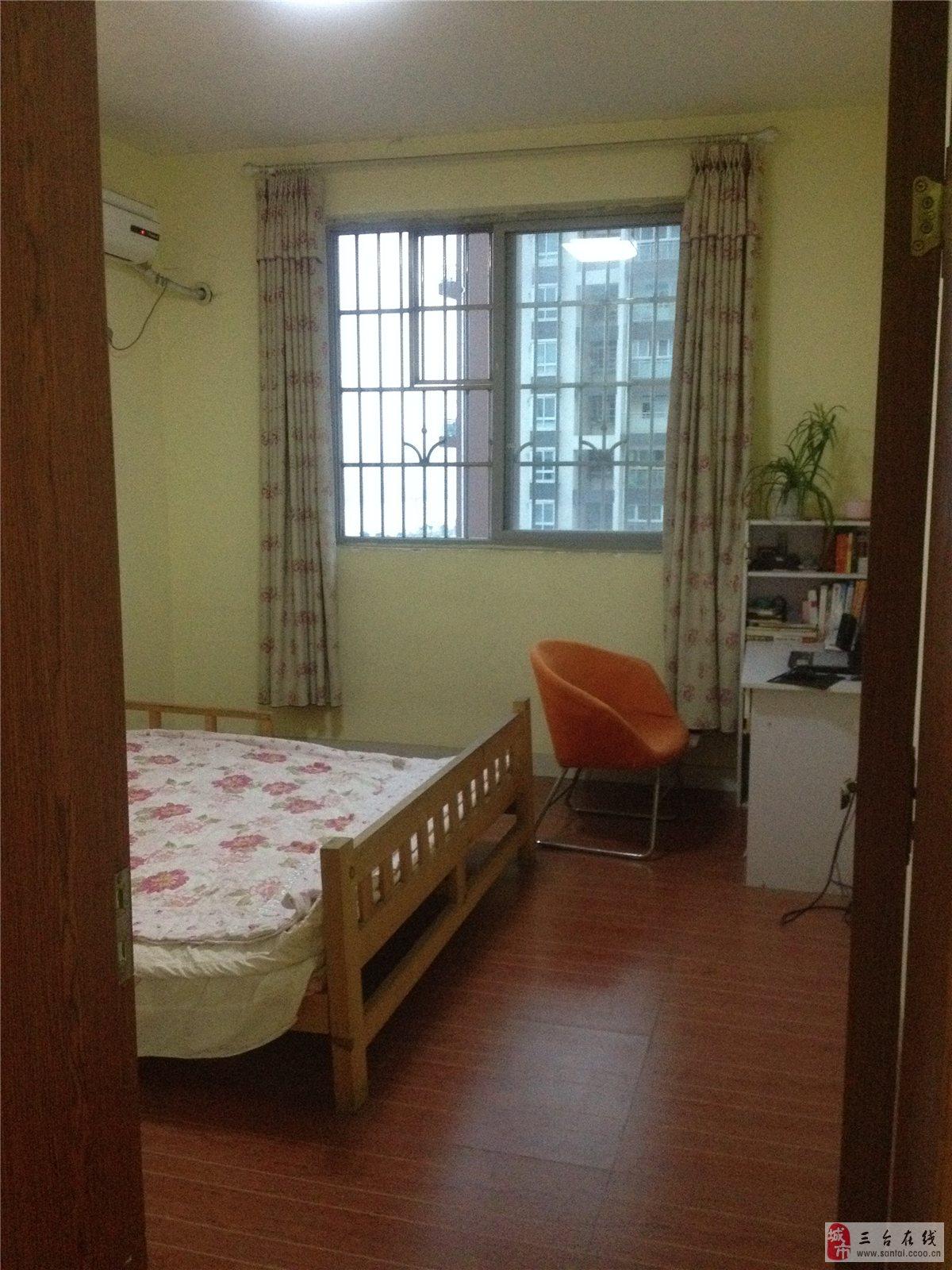 背景墙 房间 家居 酒店 设计 卧室 卧室装修 现代 装修 1200_1600 竖