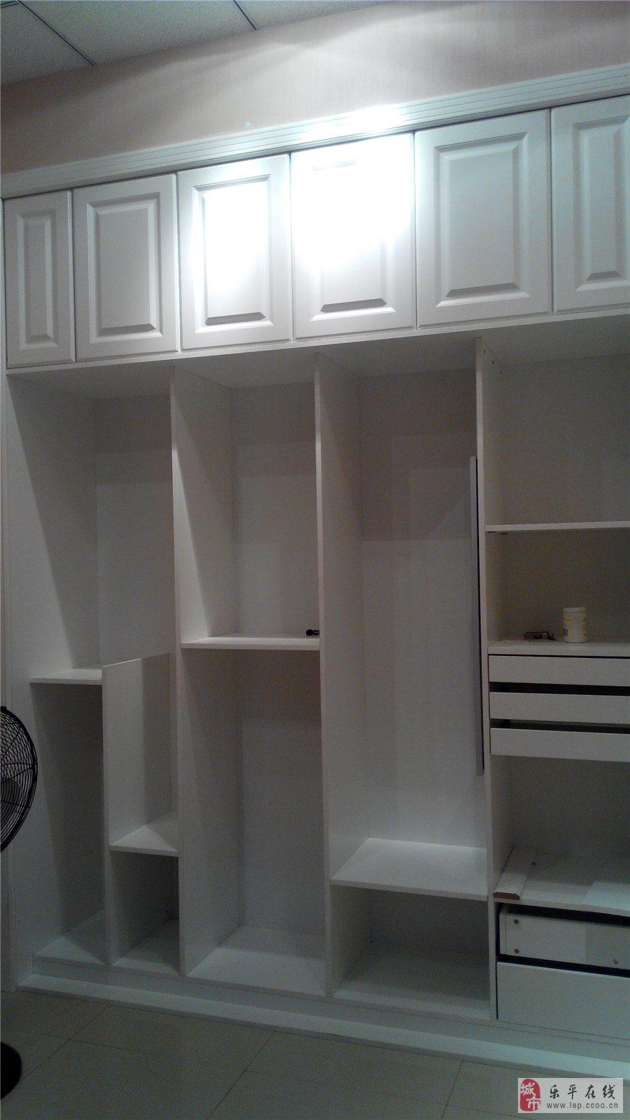 也有烤漆,模压类,橱柜衣柜隔断柜,电视鞋柜衣帽间,有我们在,木工清闲