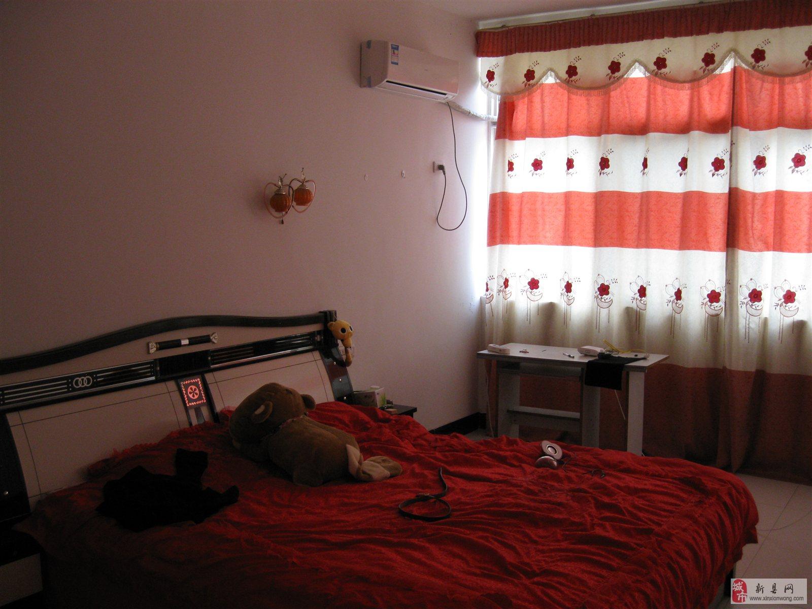金地花园三室两厅一厨一卫装修房家电齐全出粗高清图片