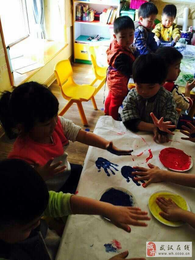 海贝儿童学习中心创意美术课堂图片