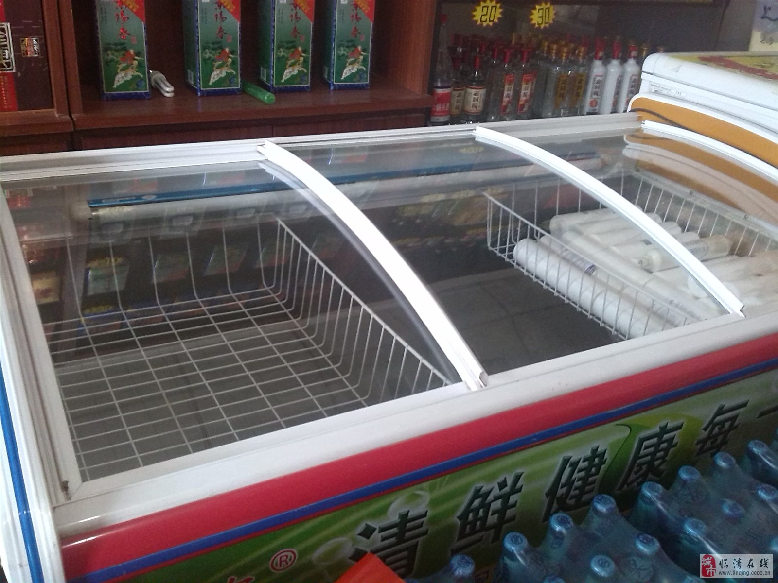 白菜价处理冷藏柜,需要买一个大的冷冻柜