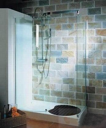小浴室装修效果图:简洁的淋浴房.