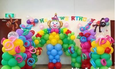 孝感金小丑创意气球作品,现场秀