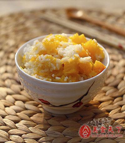 米饭加杂粮蔬菜营养加倍