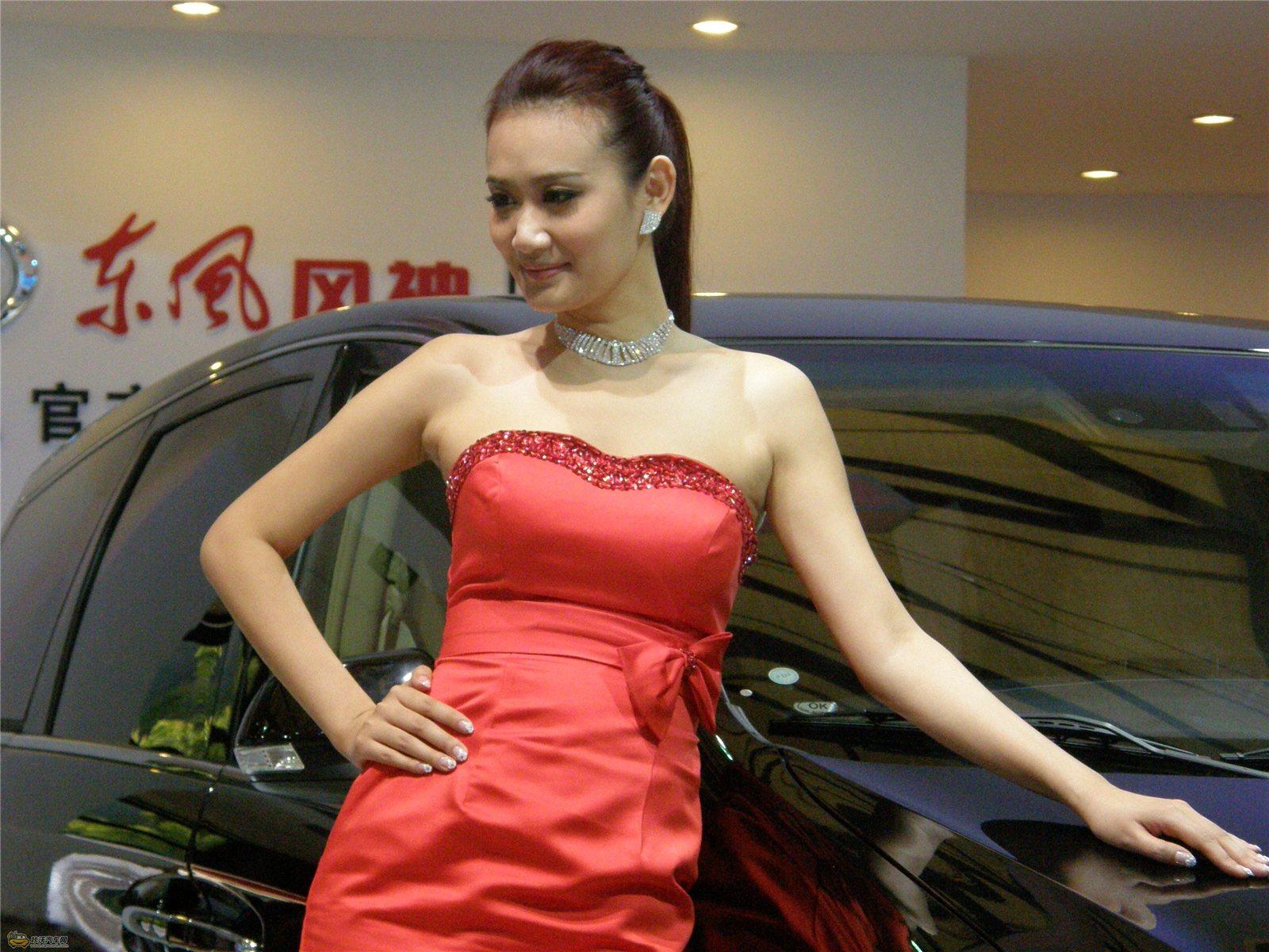 2011上海国际车展 东风展台模特